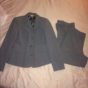 Merona Women's Business Suit ✨